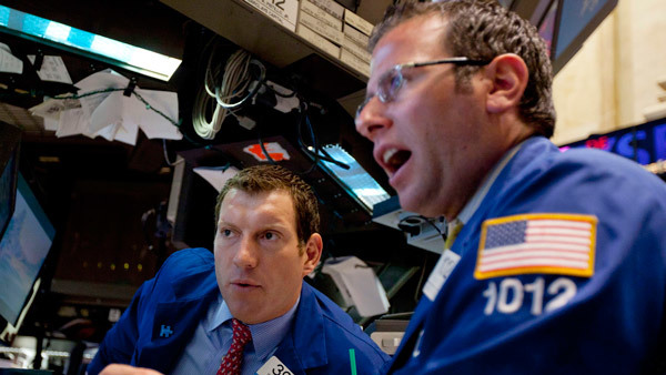 Traders at the New York Stock Exchange. (Photo: AP)
