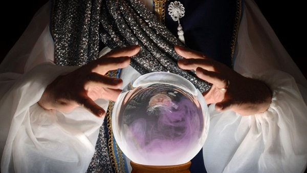 Crystal ball (Photo: Thinkstock)