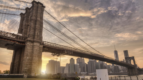 View of Brooklyn Bridge with Manhattan in background. (Photo: ThinkStock)