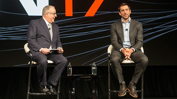 Pershing CEO Mark Tibergien and Green Bay Packers quarterback Aaron Rodgers at INSITE 2017 (Photo: Pershing)